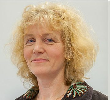 Evelien Tonkens is hoogleraar Burgerschap en humanisering van de publieke sector aan de Universiteit voor Humanistiek